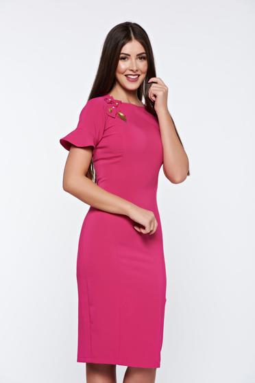 Rochie de primavata roz eleganta cu aplicatii cusute manual LaDonna