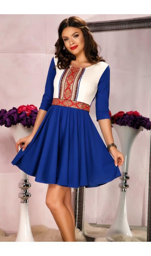 Rochie de primavara albastra traditional cu pliuri si design in talie