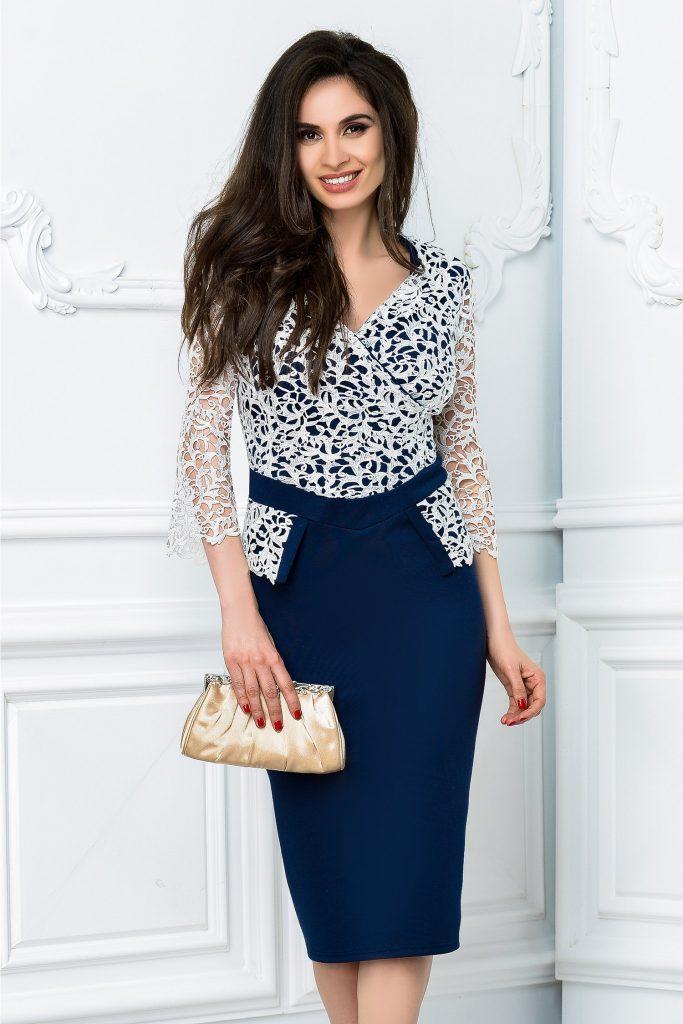 Rochie eleganta cu design inedit Calipso bleumarin cu alb cu decolteu atragator