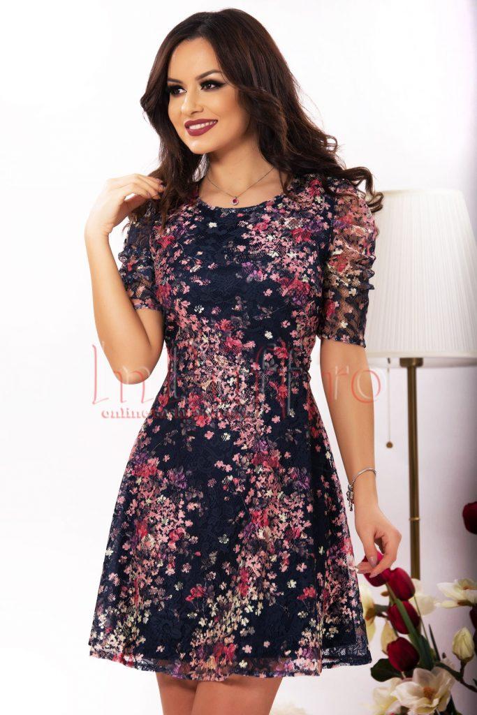 Rochie din dantela colorata cu imprimeu floral
