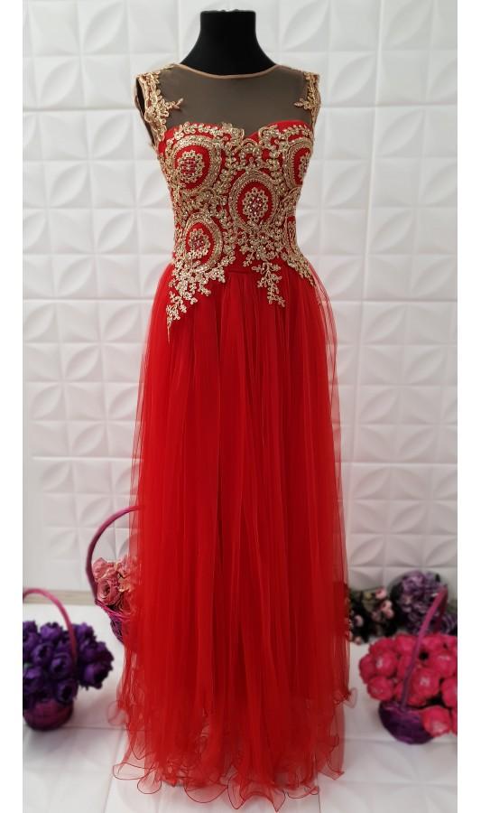 Rochie lunga rosie eleganta cu fusta din tull si broderie la bust Briana