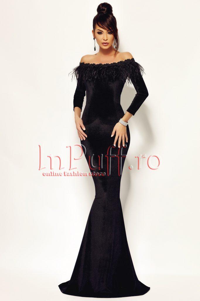 Rochie neagra stil sirena cu maneca lunga cu pene negre in zona bustului  Atmosphere