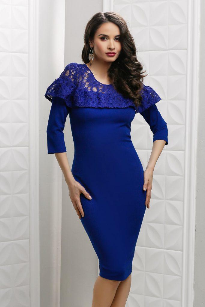 Rochie cu maneci lungi albastra conica cu dantela Moze Flore