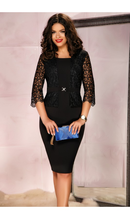Rochie neagra cu maneci din dantela in stil compleu