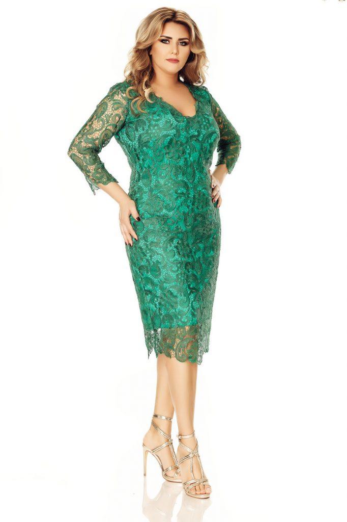 Rochie Plus Size Arella Verde din Dantela Brodata cu Decolteu in V