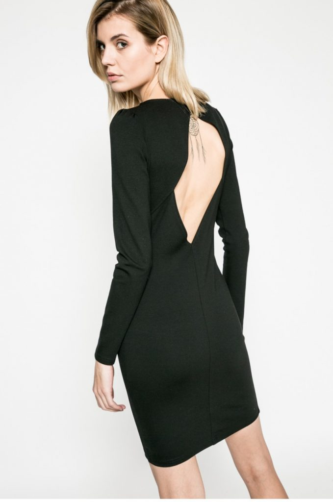 Rochie neagra Answear cu spatele decupat si maneca lunga