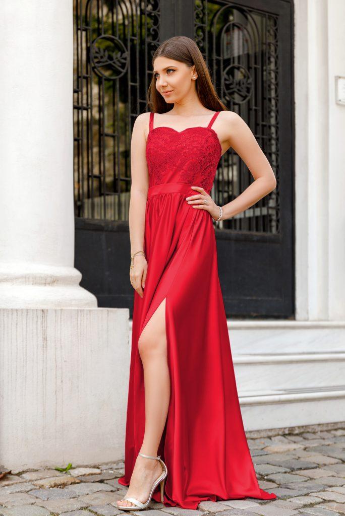 Rochie Rosie Eleganta Lunga cu Bretele Subtiri si Crapatura pe Picior Jasmine