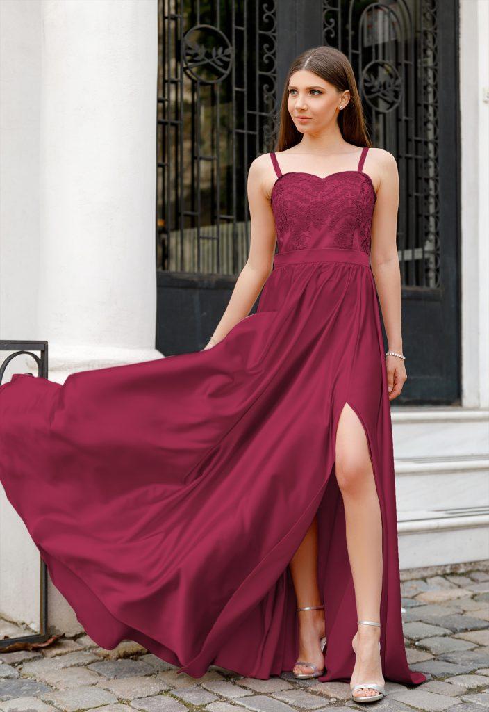 Rochie Bordo Eleganta Lunga cu Bretele Subtiri si Crapatura pe Picior Jasmine
