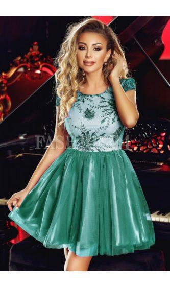 Rochie verde scurta cu fusta din tulle si broderie la bust, decolteu rotund si maneci scurte Anelise