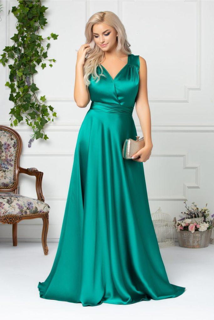 Rochie verde fara maneci cu decolteu petrecut in forma de V si textura din tafta Brise Amina