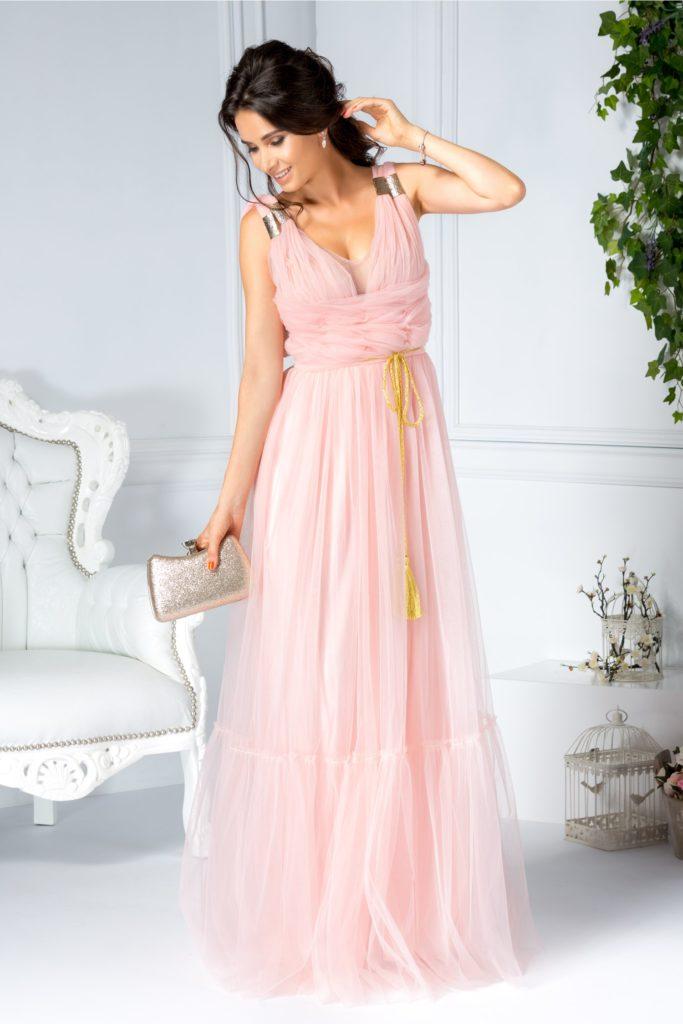 Rochie roz lunga de seara cu croi in pliuri din tull si spate decupat cu insertii metalice aurii pe umeri LaDonna Evelin