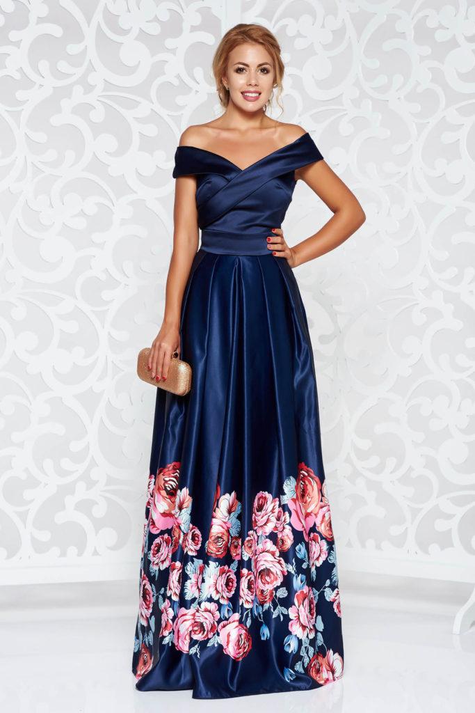 Rochie lunga albastra cu imprimeuri florale de ocazie cu umerii goi din material satinat Artista