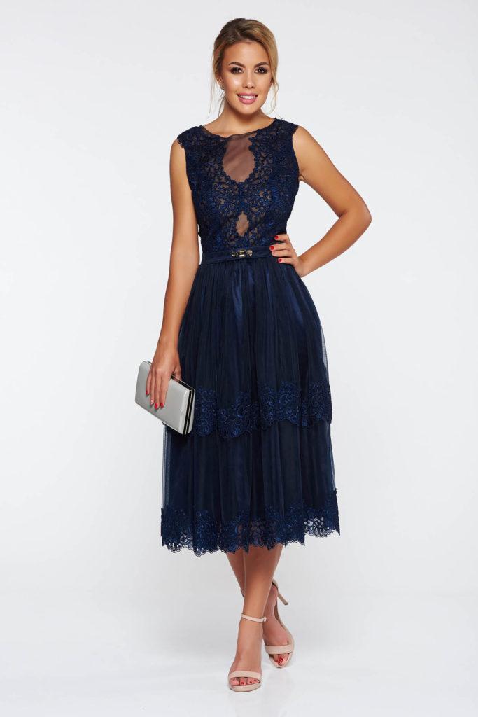 Rochie de seara fara maneci bleumarin feminina cu aplicatii de dantela si fusta realizata din tulle diafan LaDonna