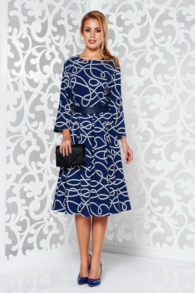 Rochie albastra evazata cu imprimeuri grafice din bumbac ideala pentru birou si pentru tinute elegante