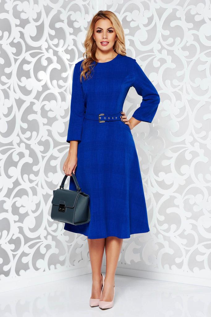 Rochie albastra office cu maneci trei sferturi din stofa de ocazie cu decolteu rotund la baza gatului si fusta evazata