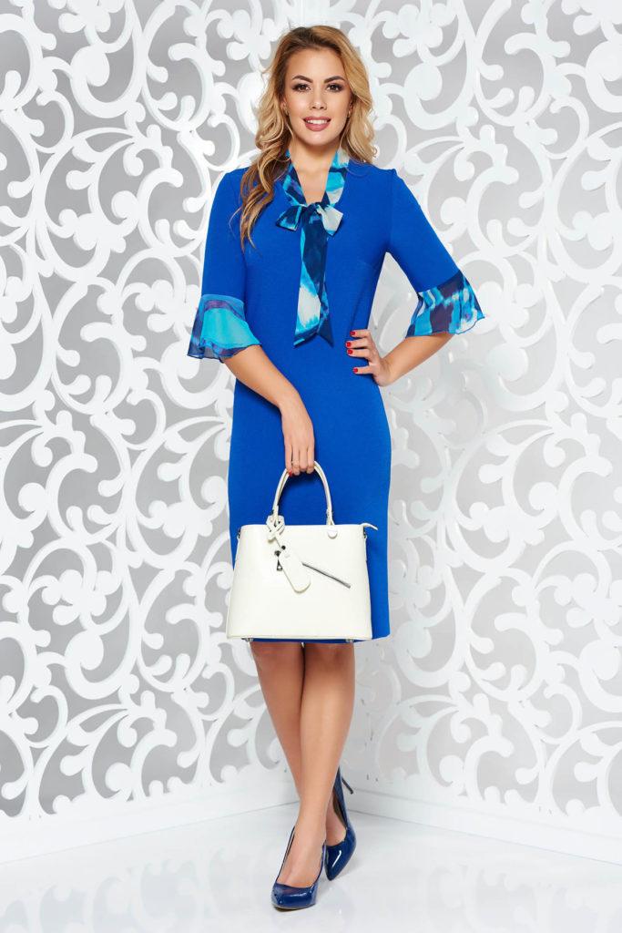 Rochie albastra midi de ocazie eleganta cu croiala simpla in stil conic cu volanase aplicate din voal cu print floral