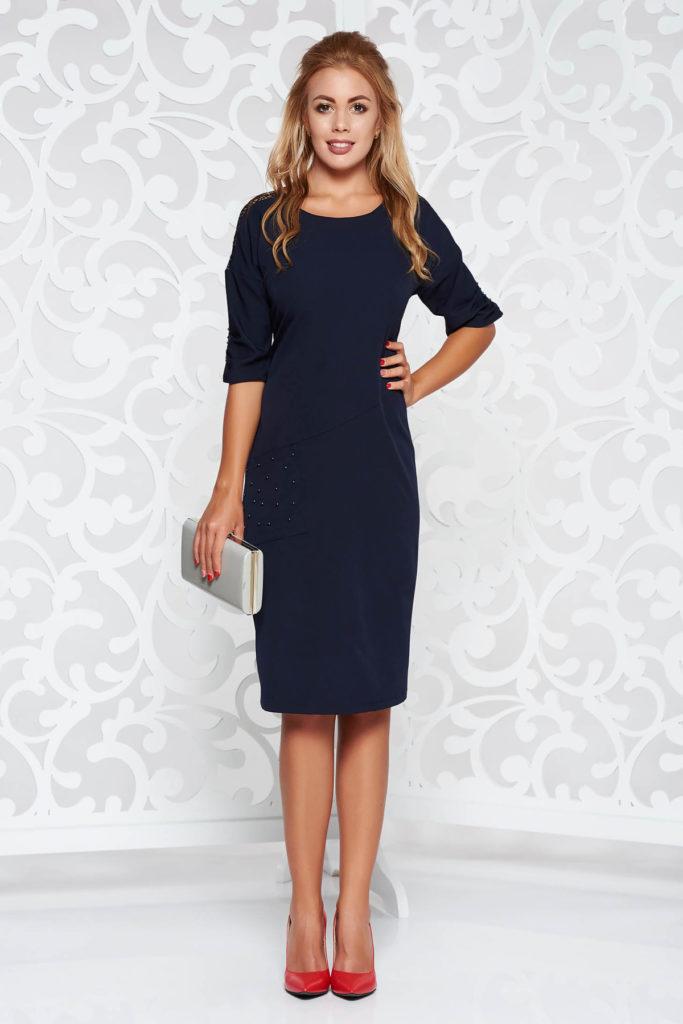 Rochie eleganta tip creion de culoare albastra inchis cu aplicatii cu perle si dantela tricotata