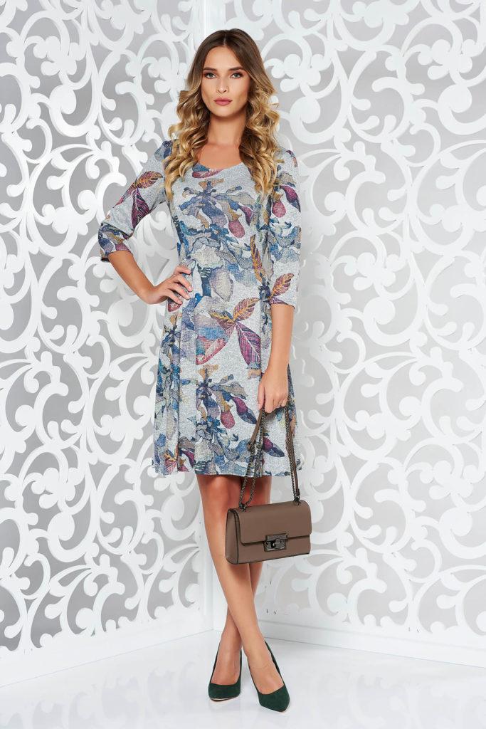 Rochie gri eleganta casual de zi midi cu croiala in clos fabricata din material moale tricotat cu print floral delicat