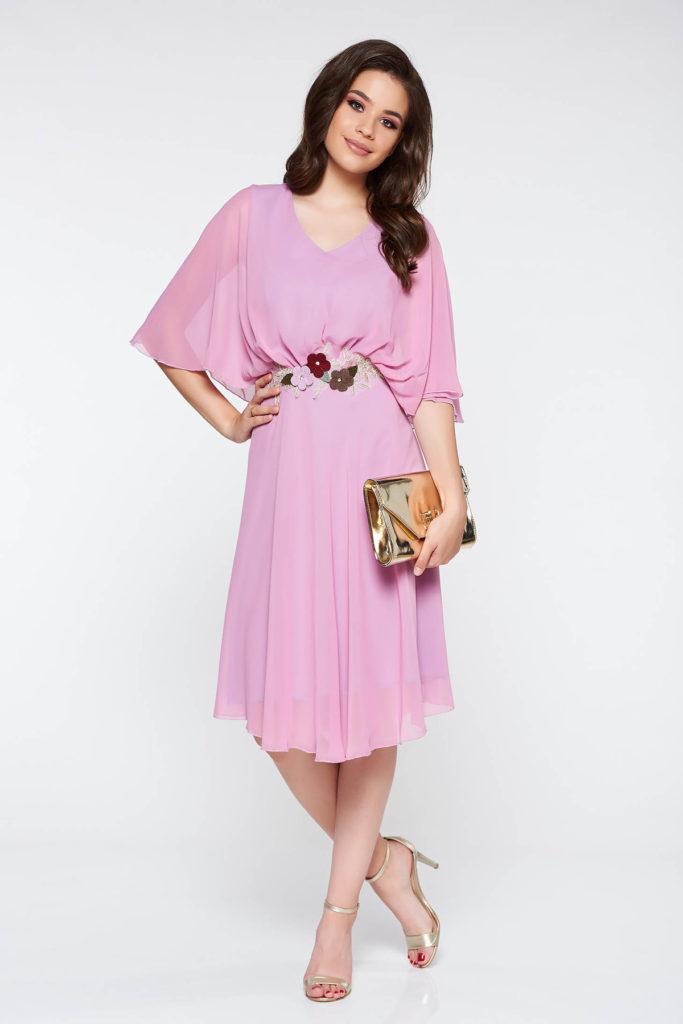 Rochie eleganta lila de ocazie din voal diafan si dantela fina accesorizata cu broderie in talie