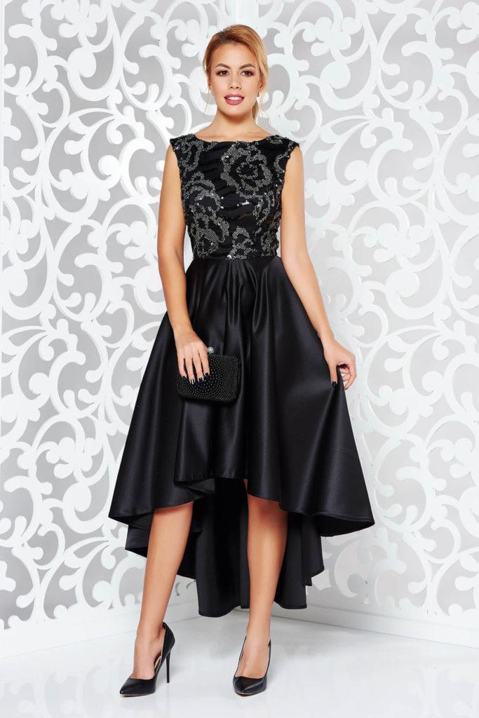 Rochie asimetrica neagra voluminoasa de seara din material satinat cu bust din tulle cu model floral argintiu cu paiete