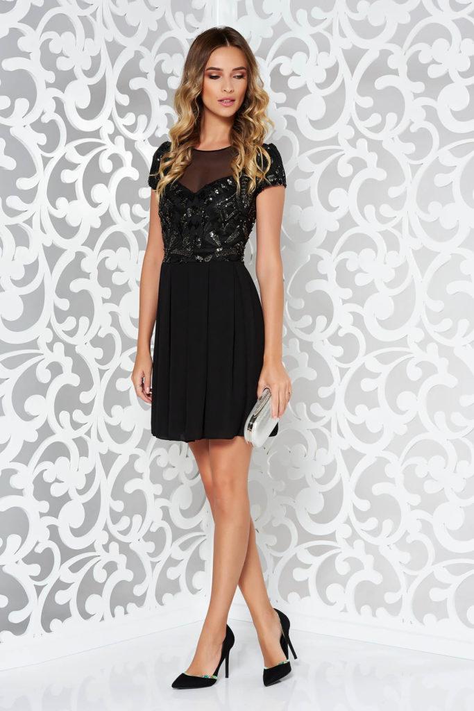 Rochie de ocazie neagra evazata eleganta cu corset incorporat din dantela brodata cu aplicatii cu paiete aurii