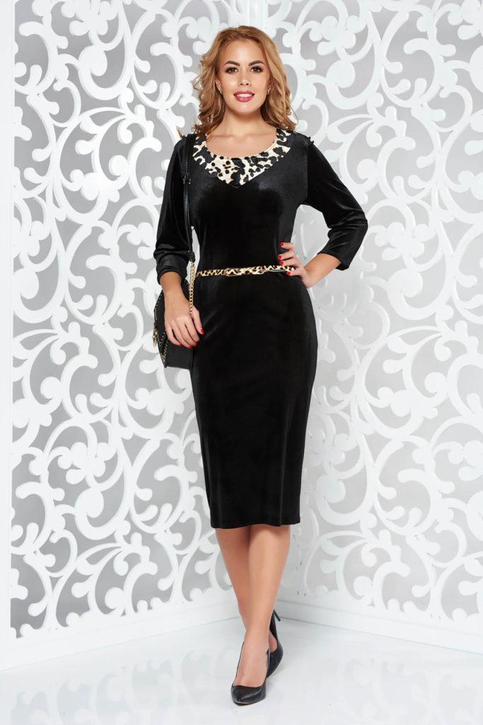 Rochie neagra din catifea elastica de seara cu decolteu rotund cu insertie animal print si maneci trei sferturi