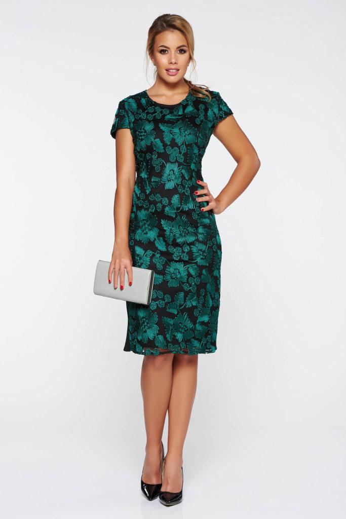 Rochie verde inchis scurta de ocazie mulata pe corp si confectionata din crep strech cu aplicatii de dantela brodata