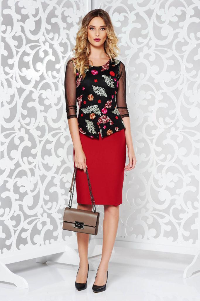 Rochie visinie cu peplum in talie eleganta de ocazie din bumbac cu insertii de broderie florala deosebita