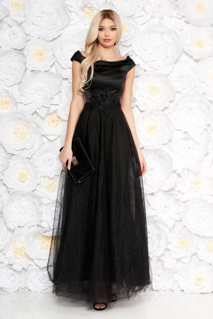 Rochie lunga neagra de seara cu fusta din tulle si bust din material satinat accesorizat cu dantela si perle Artista