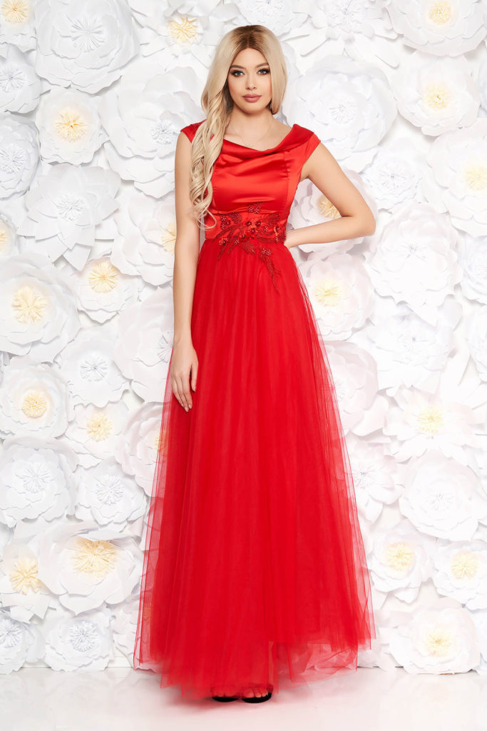 Rochie lunga rosie de seara cu fusta din tulle si bust din material satinat accesorizat cu dantela si perle Artista