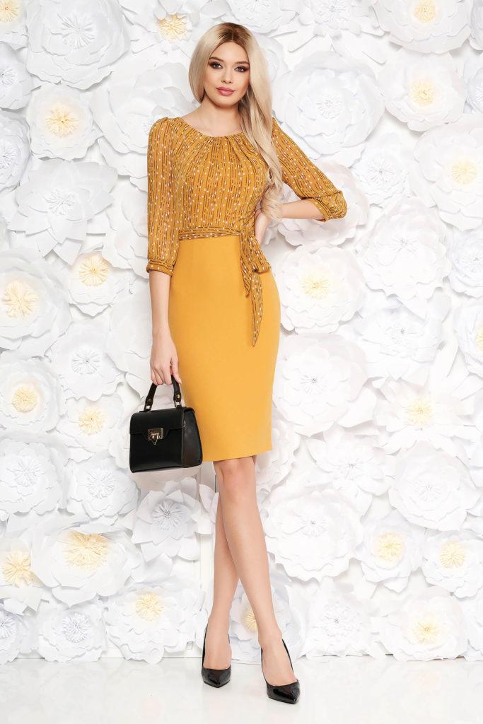 Rochie tip creion galben mustar eleganta cu cordon subtire in talie si maneci trei-sferturi pentru office