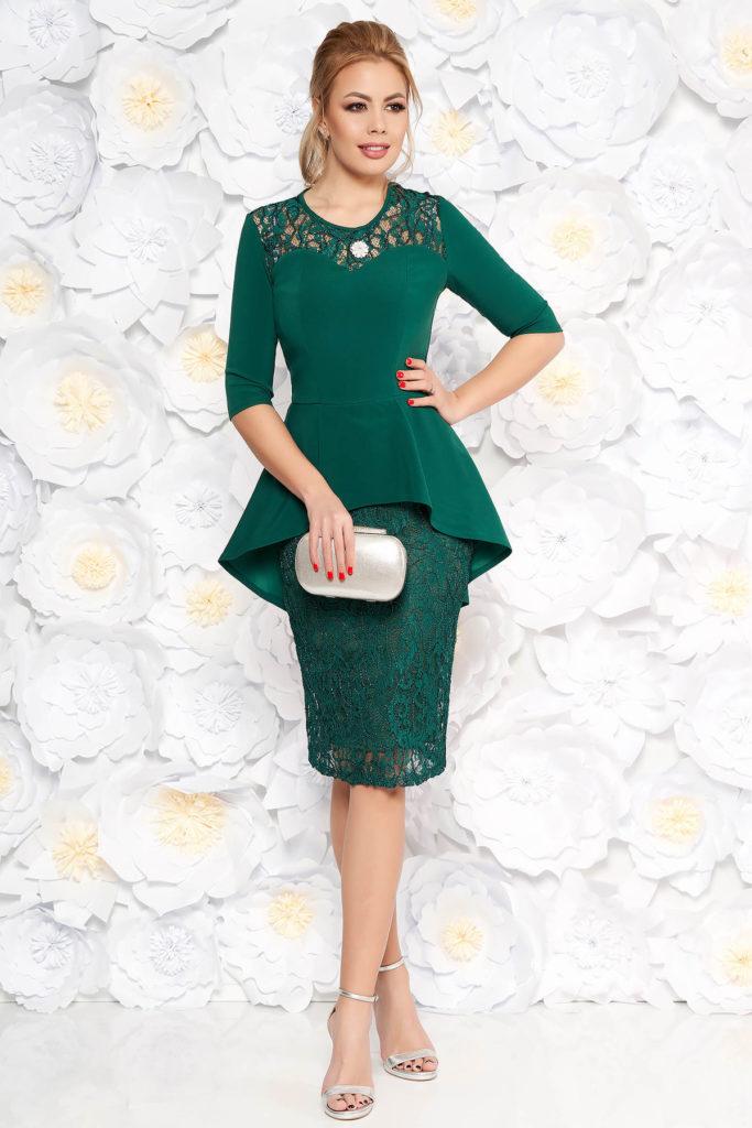 Rochie eleganta verde cu peplum si fusta tip creion din dantela prevazuta cu maneci trei-sferturi