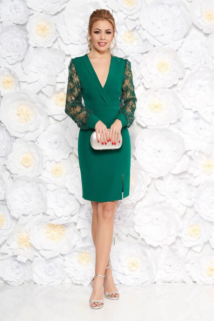 Rochie tip creion verde-inchis de seara eleganta cu decolteu in v si maneci lungi din dantela brodata floral cu paiete